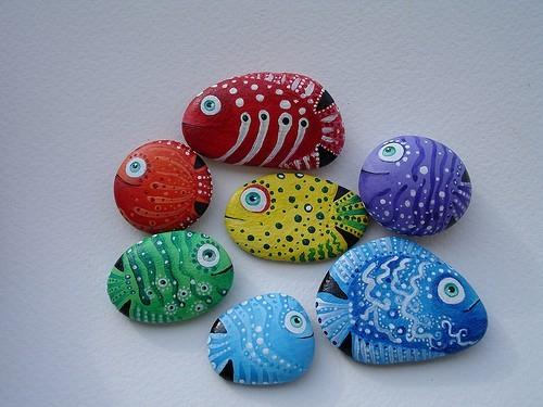 Agenda di margherita pitturare i sassi con i pesci for Pintura de piedras